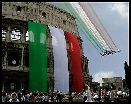 Festa della repubblica italiana 02 giugno ucs l nguas for Repubblica italiana nascita